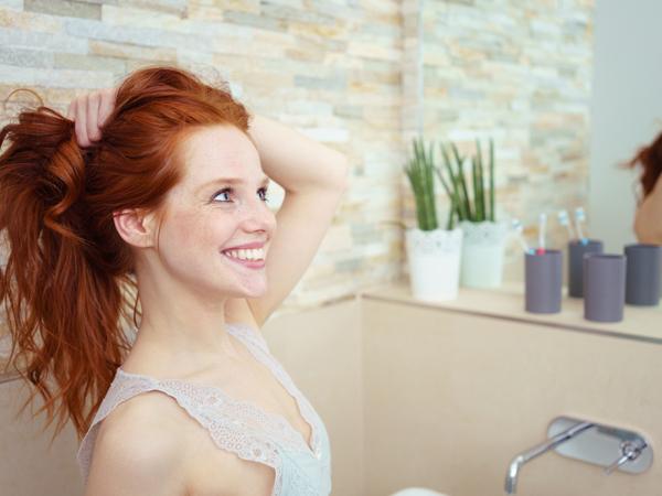 女性の薄毛対策に!気になる部位別髪型アレンジ方法