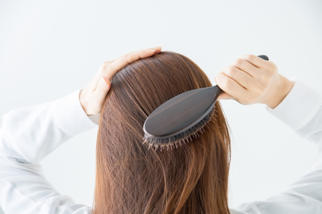 女性のつむじの薄毛は生活習慣で改善しよう