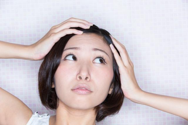 フケが出る7つの原因と対策方法 -美頭皮のすすめ-